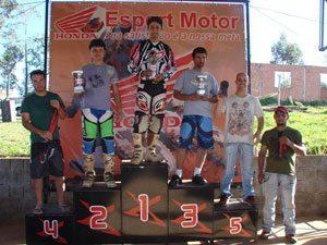 Bons pegas na Copa Esport Motor de Motocross, em Ipeúna!