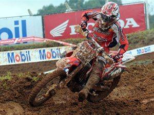 """Foto: Rodrigo """"Lama"""", piloto do Team Honda na categoria MXJr"""