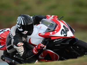 Foto: Bruno Corano fez uma bela prova de recuperação e venceu a segunda etapa do Superbike Trophy