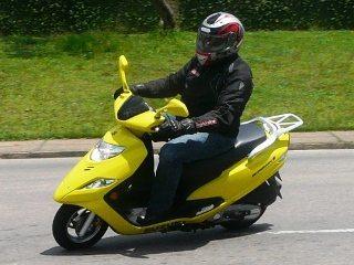 A Suzuki conseguiu melhorar a ciclística e o conforto, com menor ruído e vibração