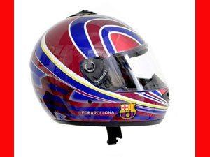 Capacete FC Barcelona chega ao mercado brasileiro  2975b6c1692