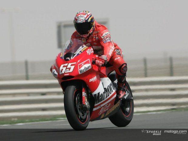 Capirossi conquista 3ª  pole consecutiva no Qatar