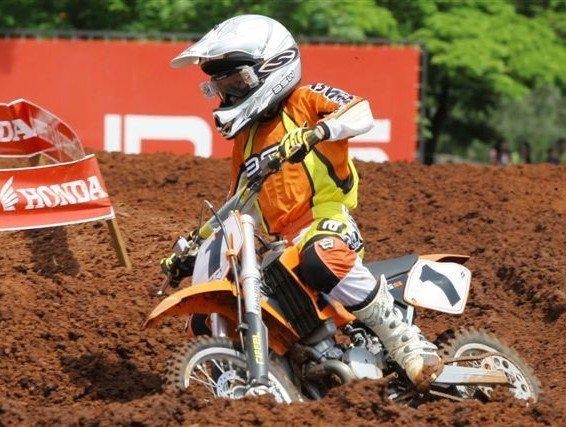 Foto: Hector venceu na 65cc e levou o t¡tulo da categoria