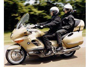 Foto: Para a prefeitura de SP esse ' um motoboy com garupa!