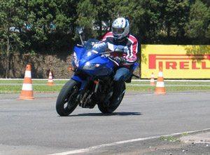 Foto: Yamaha Fazer 600: briga com Hornet