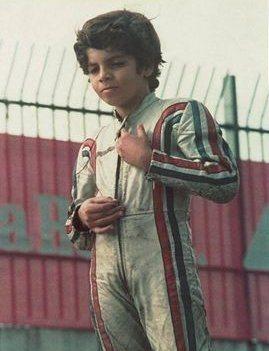 Aos 7 Alex já tinha pose e cara de campeão (foto: arquivo pessoal)