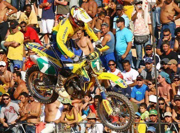 Foto: JoÆo Marronzinho venceu na MX1 e manteve a lideran‡a do Campeonato