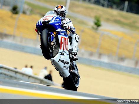 Emocionante vitória molhada e seca de Lorenzo em Le Mans