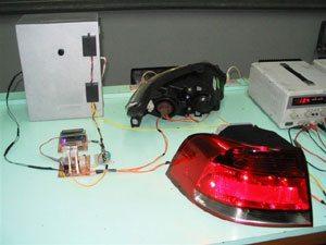 Foto: O grupo desenvolveu um sistema que regula a intensidade do farol de acordo com o ambiente