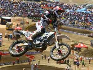 Foto: Antonio Jorge Balbi representa o Brasil no Motocross das Na‡äes