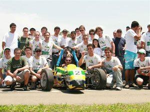 Estudantes da FEI e Facens disputam competições de Formula SAE, nos EUA