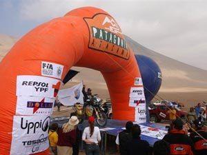 Foto: O piloto brasileiro Jean Azevedo no Por Las Pampas Rally 2007
