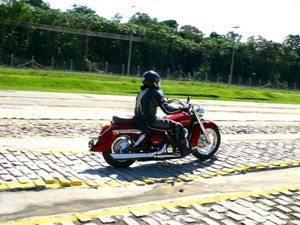 Foto: A Honda conta com um campo de testes no munic¡pio de Rio Preto da Eva, a 70 km de Manaus