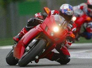 Foto: Ducati: apenas uma lƒmpada acesa