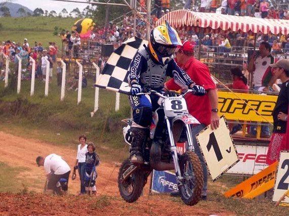 Foto: Gustavo vencedor do final do Brasileiro 50cc