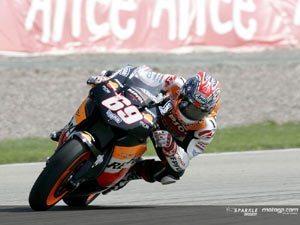 Hayden garante segunda pole da carreira no final da sessão