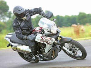 Honda apresenta a XL700V Transalp