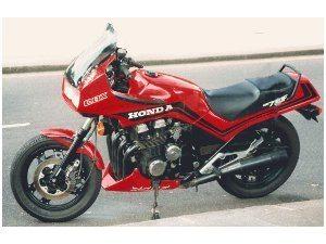 CBX 750 Vermelha - Bitenca