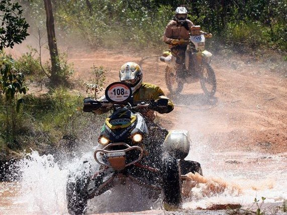 Foto: Evento ' uma etapa do Campeonato Mundial Cross Country para motos e quadris