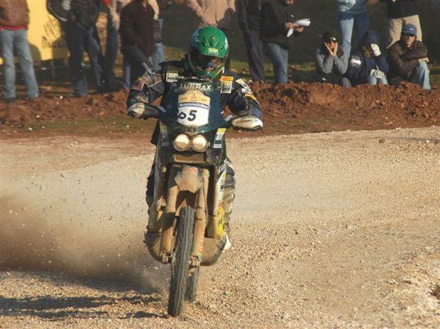 Foto: Jean acelera durante segunda etapa e sobe 13 posi‡äes.