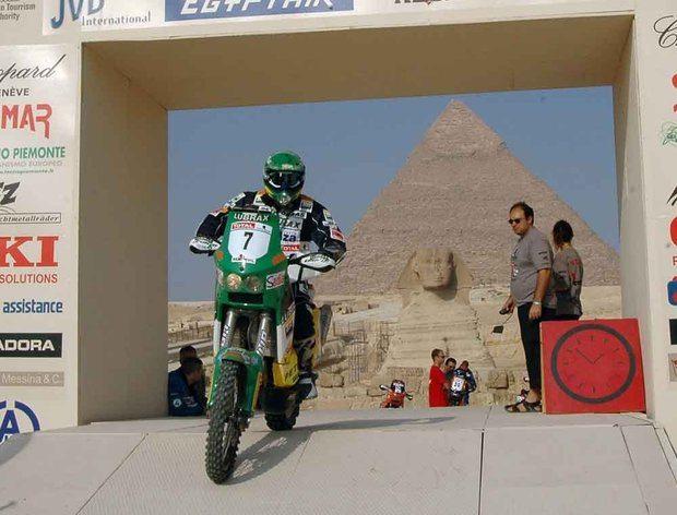 Jean entre os cinco primeiros no Rally dos Faraós