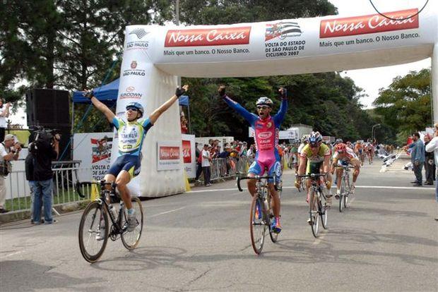 Jovens brilham na volta ciclística de São Paulo e sonham com o Pan do RJ