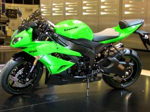 Kawasaki lança linha custom de 1.700 cc, Intermot
