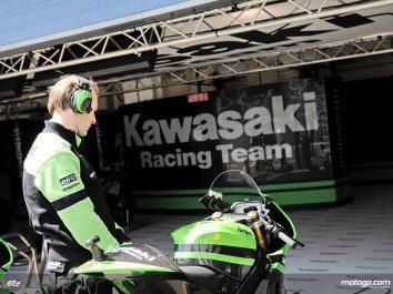 Kawasaki suspende actividades no MotoGP
