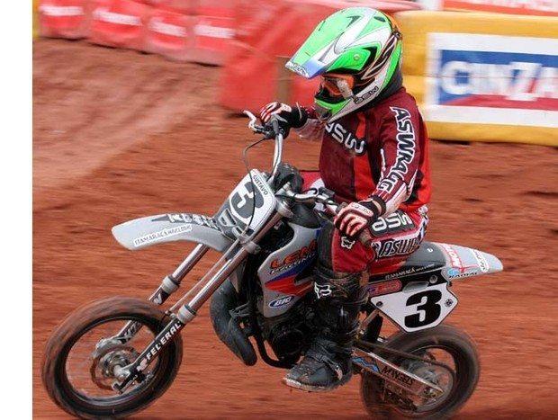 Lama foi a grande dificuldade da 2ª etapa do Arena Cross Temporada 2006 disputada em Rio das Ostras - RJ