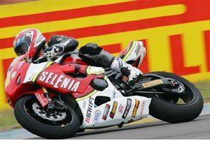 Foto: Leandro Panadés, piloto da categoria Superbike patrocinado pela SHIFT e KBC