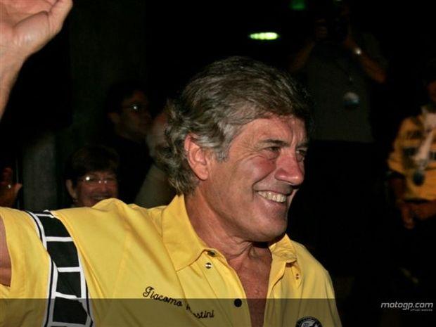 Lenda do MotoGP Agostini comenta sucesso de Stoner