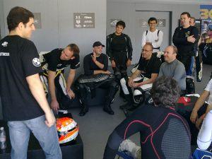 Luciano Burti acelera em Interlagos no curso de Alex Barros