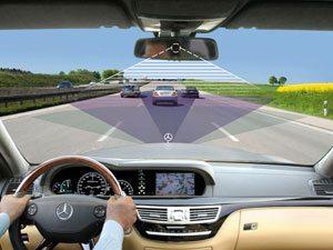 Mercedes-Benz introduz sofisticadas tecnologias de segurança nos novos Classe E e Classe S
