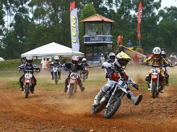 Foto: Campeonato Brasileiro de Minicross ter 10 etapas