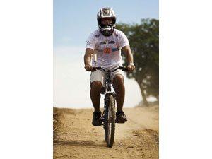 Foto: Tarefa de bike - Mitsubishi Outdoor  Haroldo Nogueira