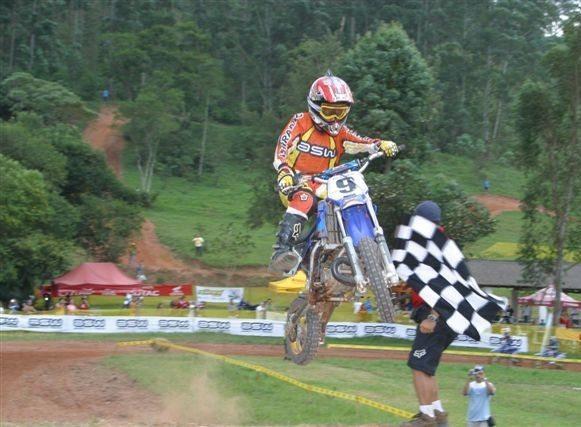 Mogi dá pontapé inicial ao Brasileiro de Minicross