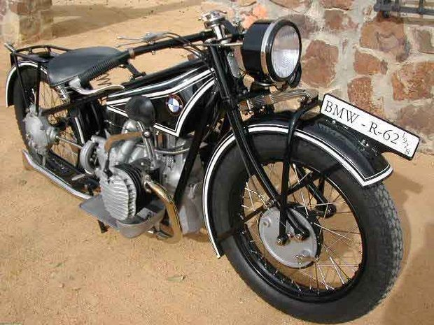 Foto: Moto de 1928 ' atra‡Æo em exposi‡Æo no centro de SÆo Paulo