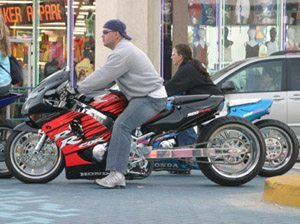 Moto dragster, motores, dúvida, escape etc