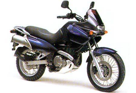 Foto: Divulgação - Suzuki Freewind 650