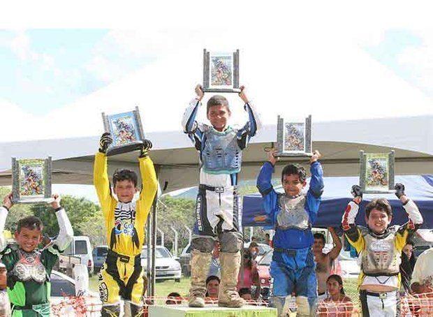 Motocross  IATI / PE  promove a melhor prova do Nordeste e recebe um público com mais de dez mil pessoas e os melhores pilotos do nordeste