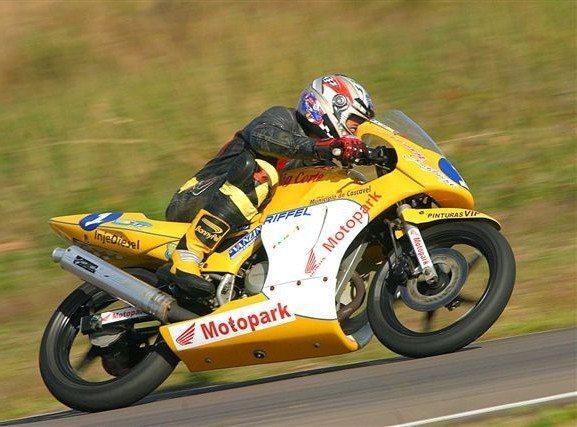 Foto: Fabio Peason conquistou a pole no Brasileiro de Motovelocidade no RS