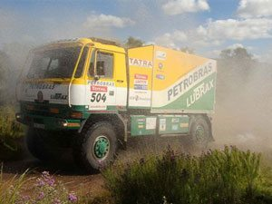 Na penúltima etapa do Dakar 2009, caminhão brasileiro chega em quarto