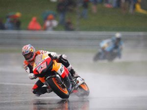 Foto: Nicky Hayden, piloto da equipe Repsol Honda RC212V na MotoGP