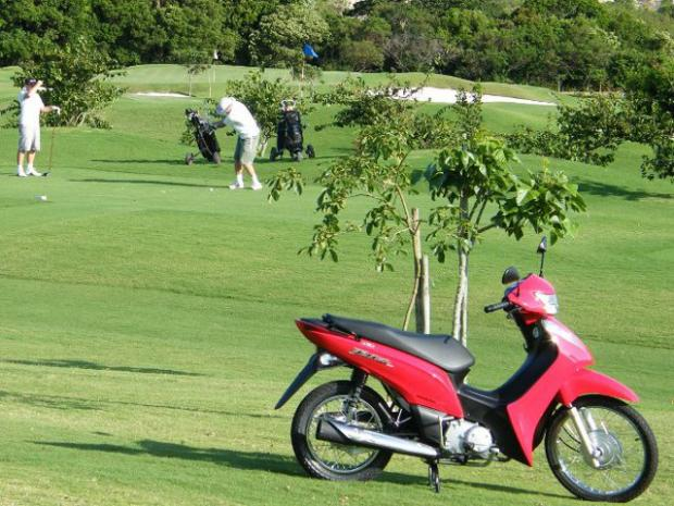 Novas motos Honda Biz 125, Shadow 750 e CG 150 Titan