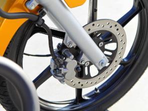 Em 2011 todas as motos Honda Titan terão freios a disco de dois pistões