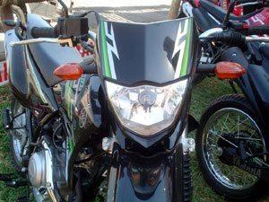 Novas Yamaha, Farol quente, MZ relíquia, Fusível fraco, XLX mole, Escape pesado, nova Twister