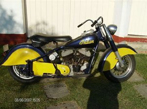Foto: Indian Chief Roadmaster 1200cc 1950 - Acervo do Vintage Bike Dreams