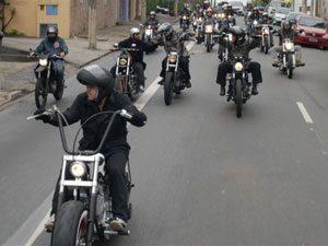 Foto: Festival reúne motos e personalidades para passeio em São Paulo