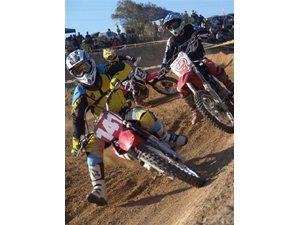 Foto: Pegas marcam mais uma etapa da Copa Sul de Motocross 2008