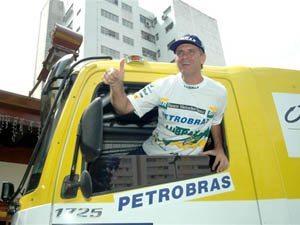 Foto: Andr' Azevedo, piloto do caminhÆo da Equipe Petrobras Lubrax